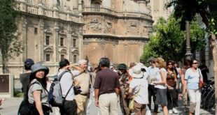 turistas-chinos-596x346