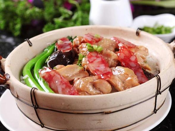 brotes de bambú con tocino y verduras