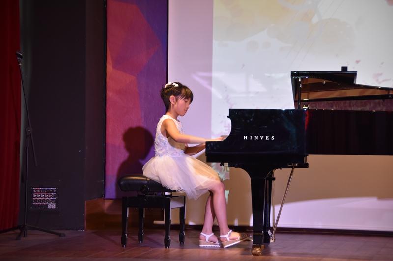 器乐组季军:刘依诺