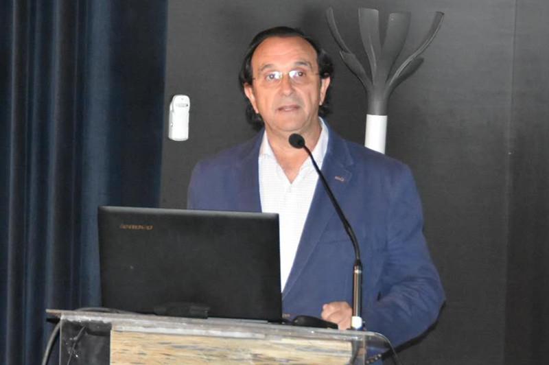 萨拉戈萨旅游局会议处处长Miguel Angel Argente先生