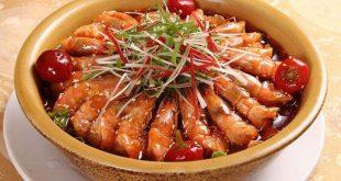 camarón con cebolla, jengibre, ajo, chile y vinagre